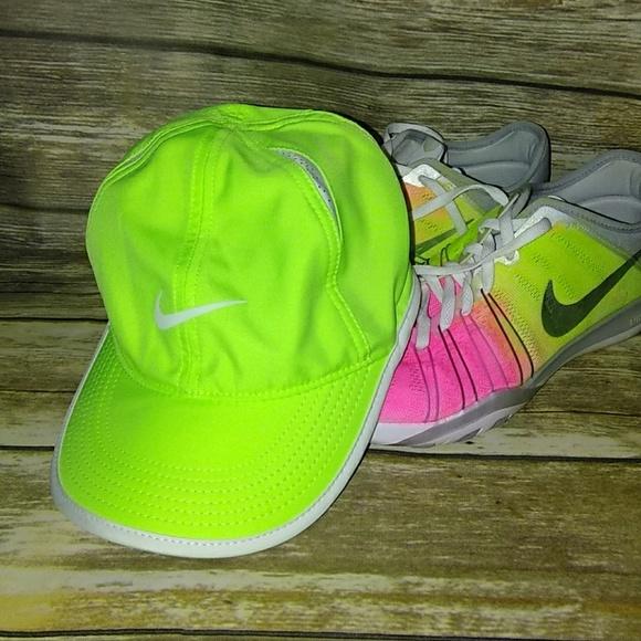 13a0fb34217 FLASH SALENike dri fit running hat. M 5b522346aa87705a2b0cfeeb